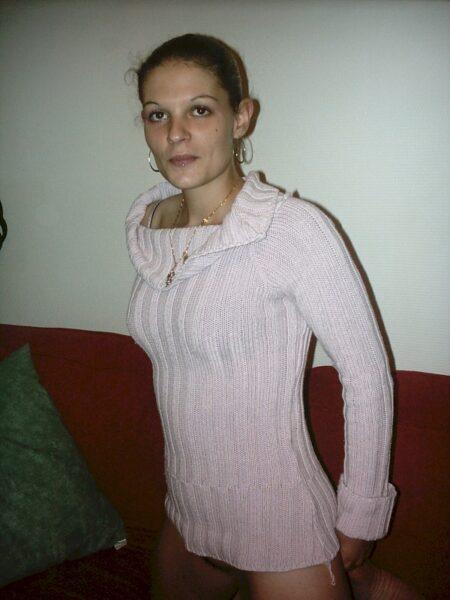 Femme sexy soumise pour amant séduisant